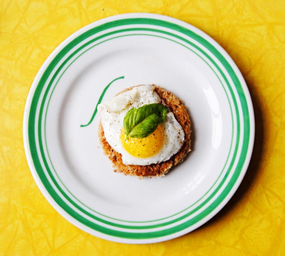 Quail egg canap s soph n 39 stuff for Quail egg canape