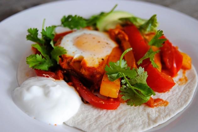 Fajita baked eggs