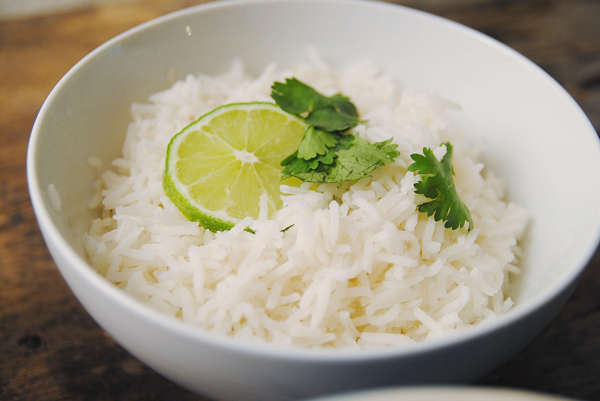 Soph n' Stuff | Cuban White Rice (Arroz Blanco)