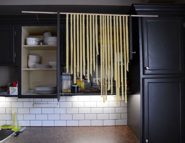 Hanging the pasta
