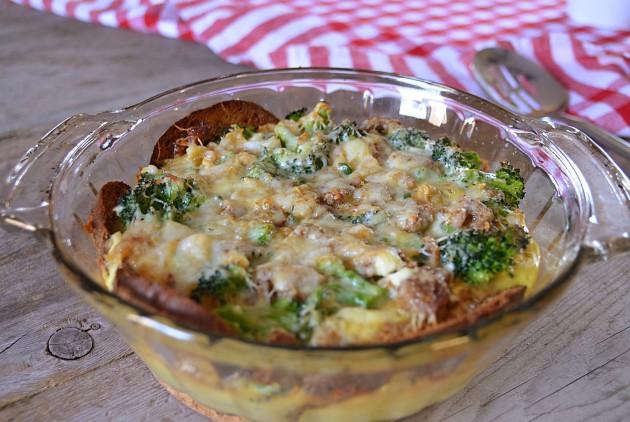 Sausage broccoli brunch bake