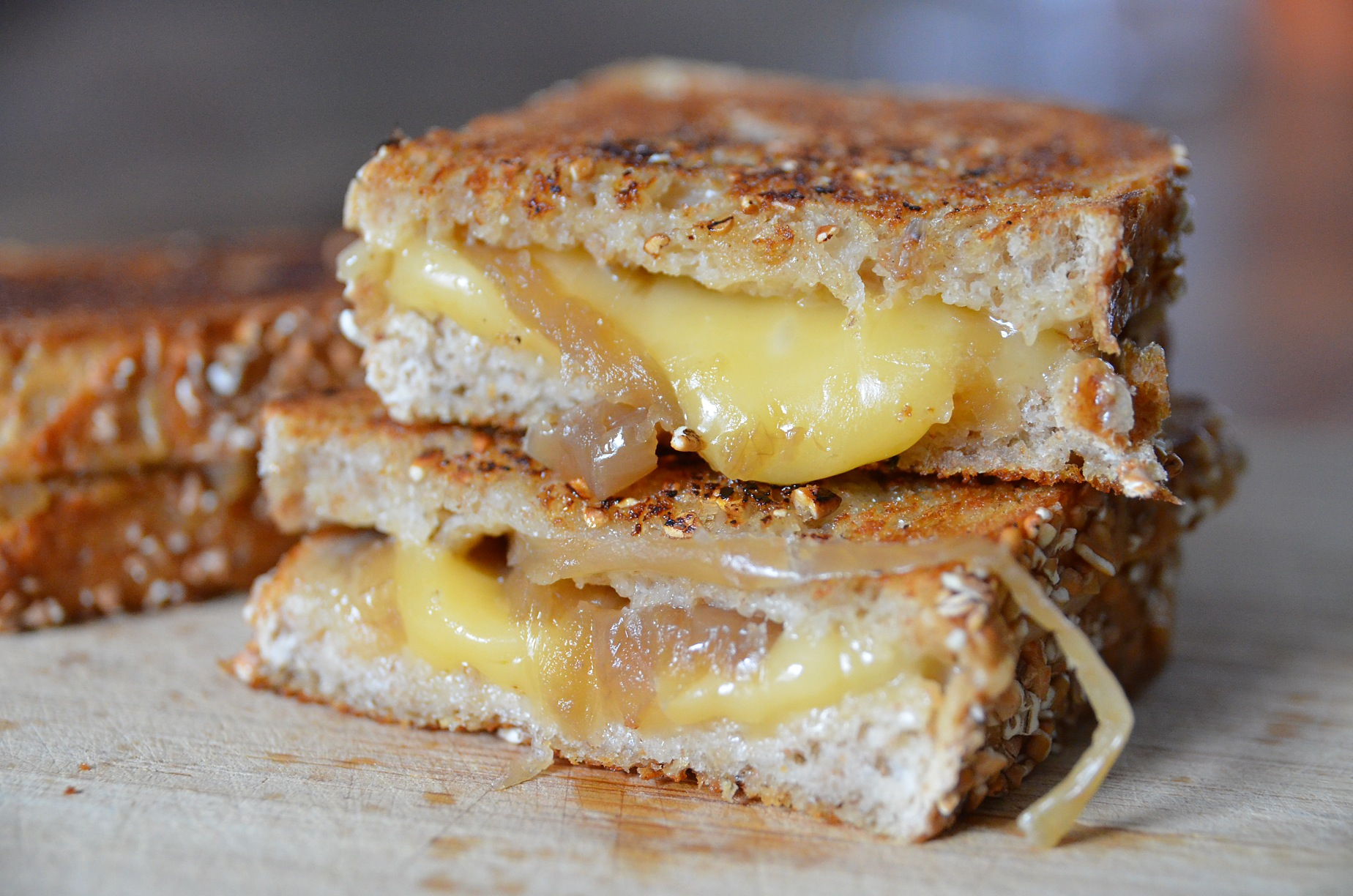 French onion soup grilled cheese | Soph n' Stuff